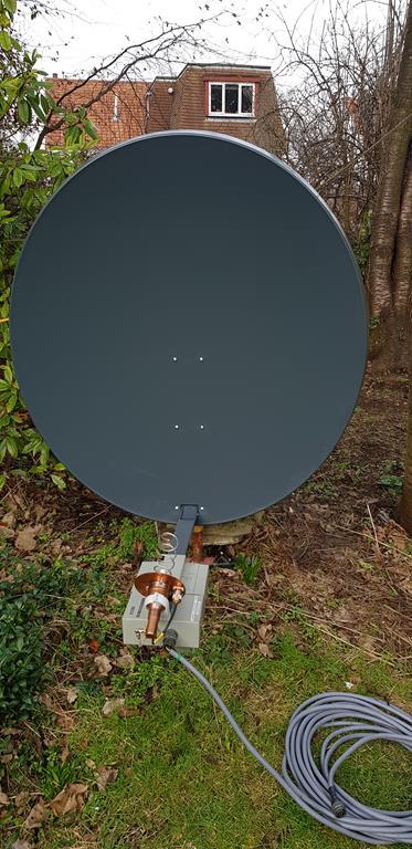 Dual Feed For Uplink / Downlink - Antenna - AMSAT