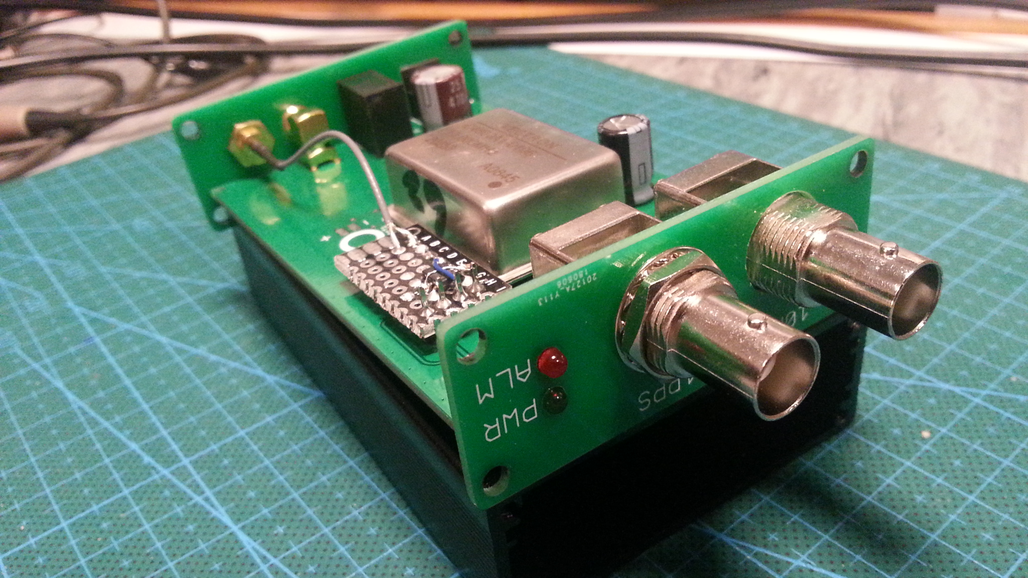 What GPS module with 10 MHz or 25 MHz out for stabilizing the LNB